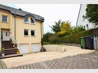 Maison jumelée à vendre 6 Chambres à Sandweiler - Réf. 5001650