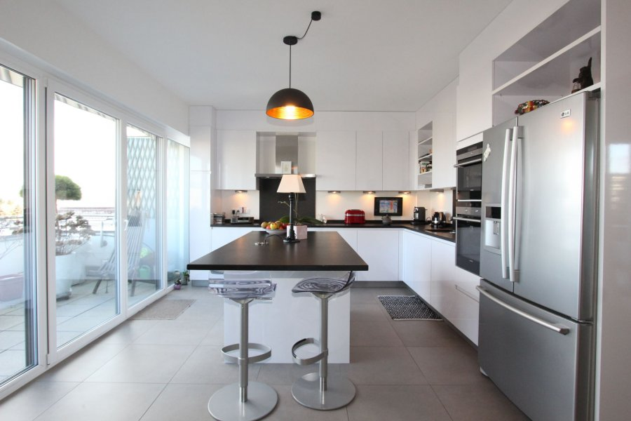 penthouse-wohnung kaufen 3 schlafzimmer 242 m² strassen foto 1
