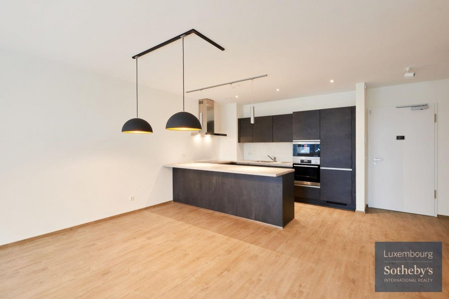 louer appartement 3 chambres 101 m² capellen photo 3