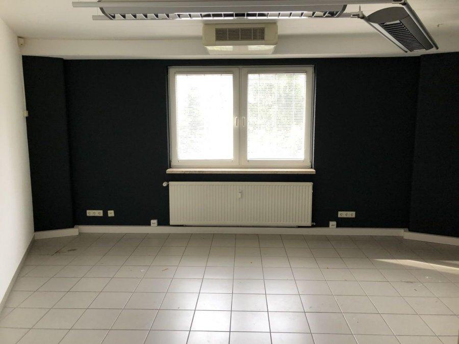 louer bureau 0 chambre 314 m² ehlange photo 4