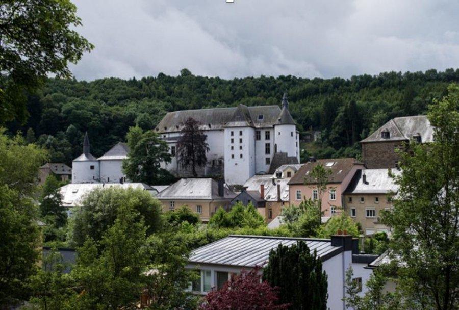 Villa à vendre 4 chambres à Roeser