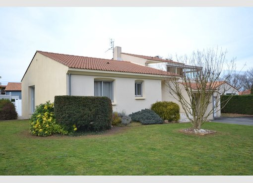 Vente maison 4 pi ces chantonnay vend e r f 5602514 for Maison de l emploi chantonnay