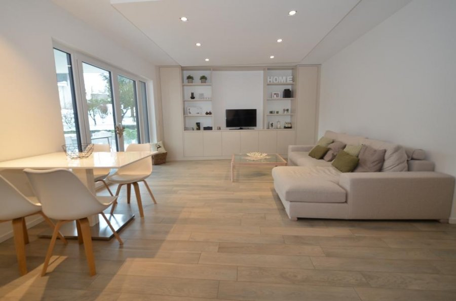 acheter appartement 2 chambres 82 m² moutfort photo 1