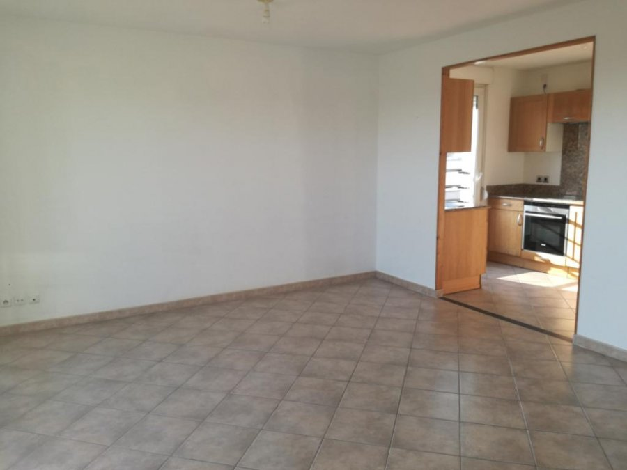 louer appartement 3 pièces 64.17 m² metz photo 3