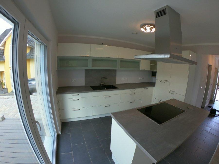 Haus zu verkaufen 4 Schlafzimmer in Zemmer
