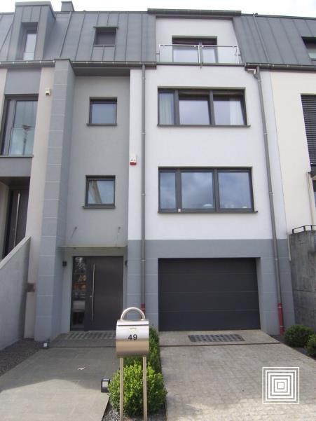 reihenhaus mieten 4 schlafzimmer 280 m² luxembourg foto 1
