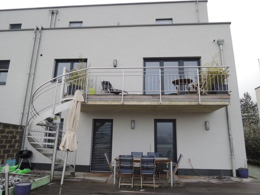 louer maison 5 chambres 184 m² steinsel photo 5