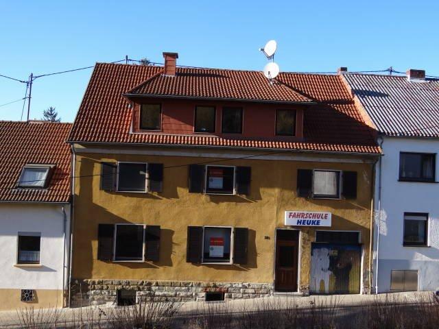 haus kaufen 8 zimmer 190 m² saarbrücken foto 1