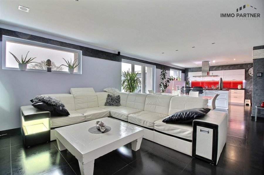 terraced for buy 5 bedrooms 330 m² troisvierges photo 1