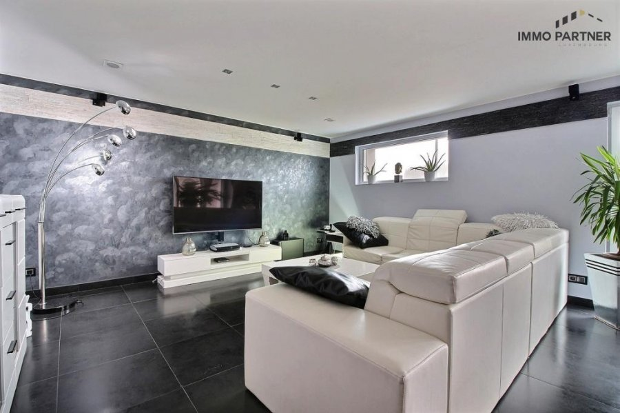 terraced for buy 5 bedrooms 330 m² troisvierges photo 3
