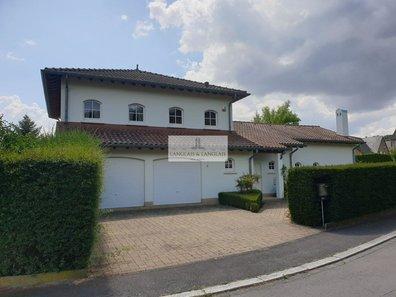 House for sale 5 bedrooms in Schrassig - Ref. 6489091