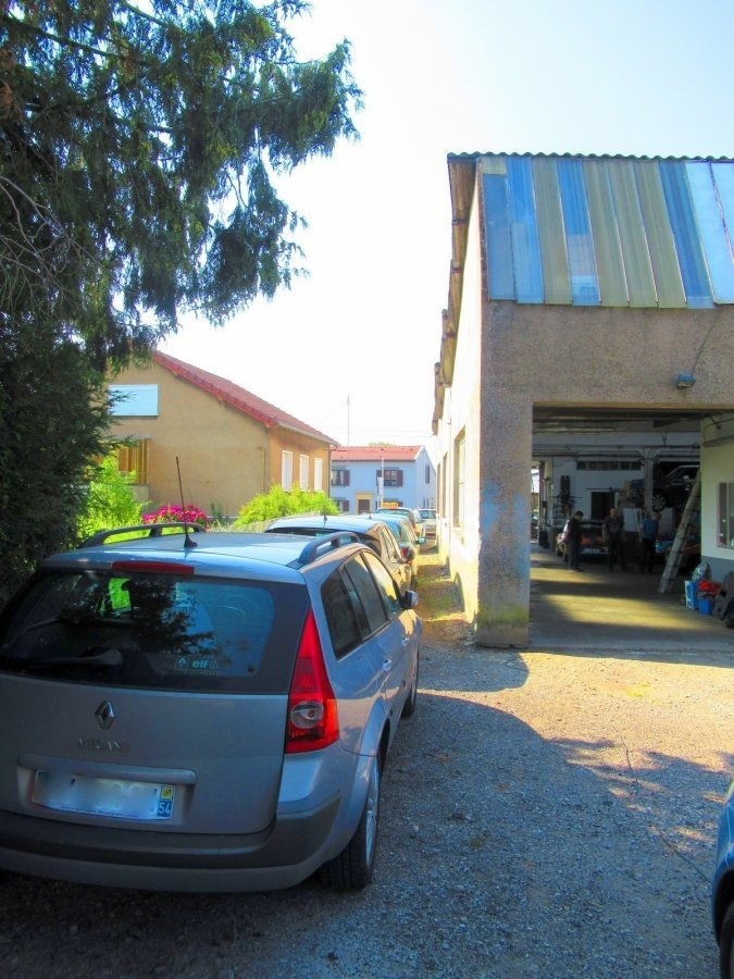 Local commercial à vendre à Trieux