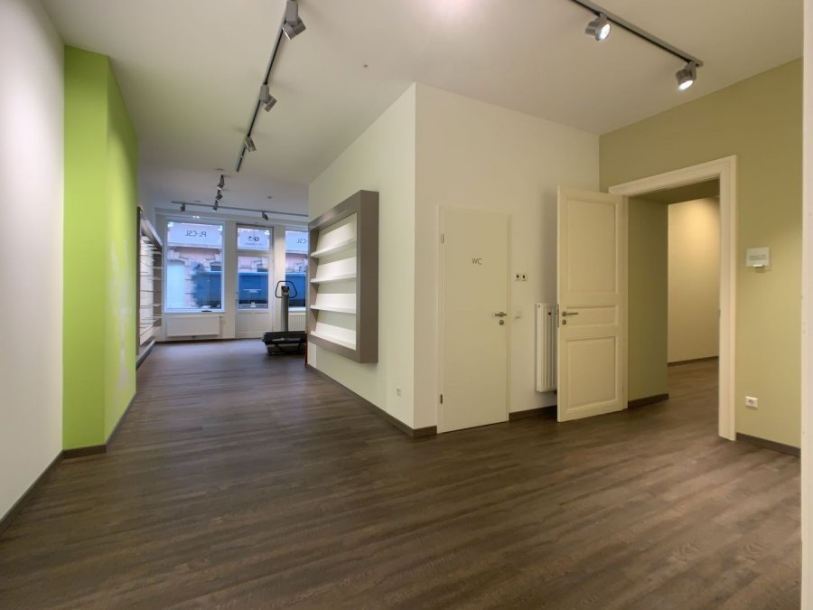 louer local commercial 4 chambres 181 m² ettelbruck photo 5