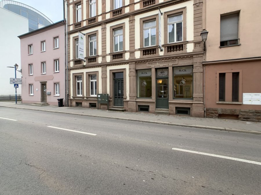 louer local commercial 4 chambres 181 m² ettelbruck photo 1