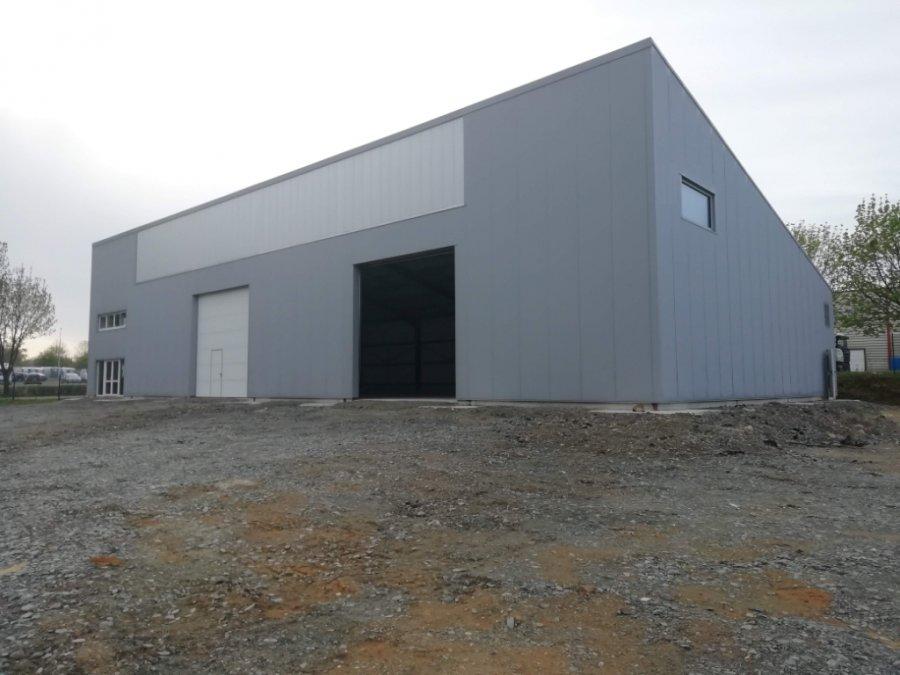 louer entrepôt 0 pièce 662 m² laval photo 1