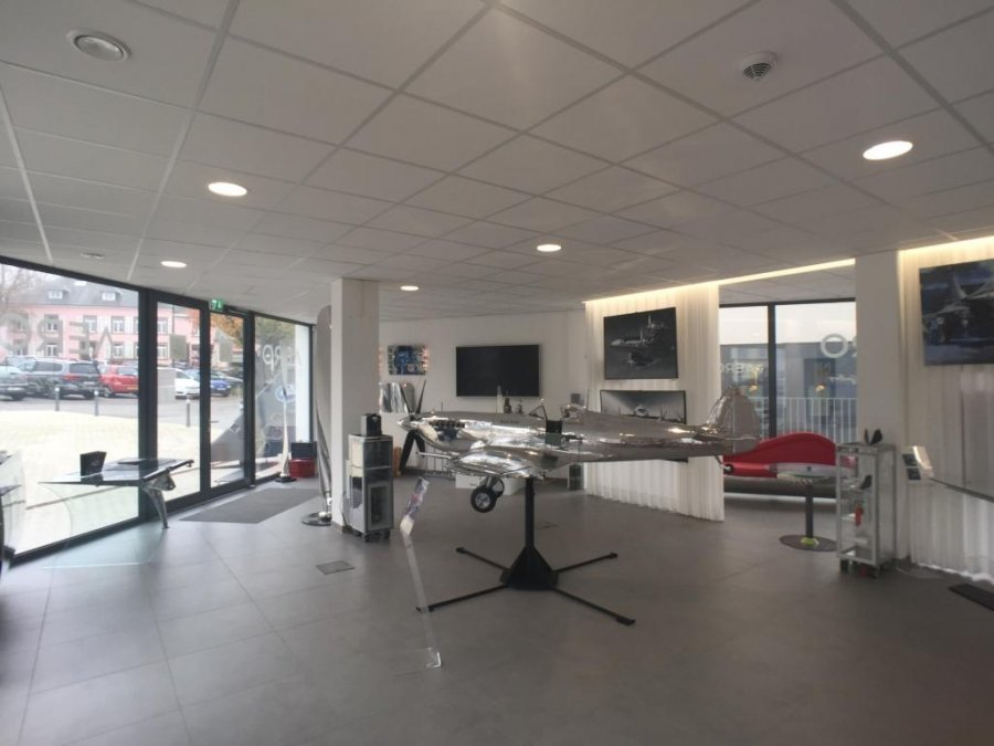 retail for rent 0 bedroom 270 m² weiswampach photo 1