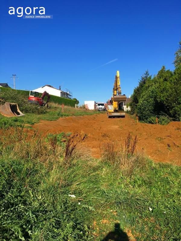 Terrain constructible à vendre à Cosnes-et-romain