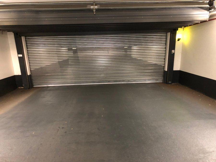 Garage fermé à louer à Belval