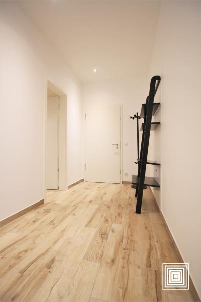 louer appartement 1 chambre 68.3 m² strassen photo 2