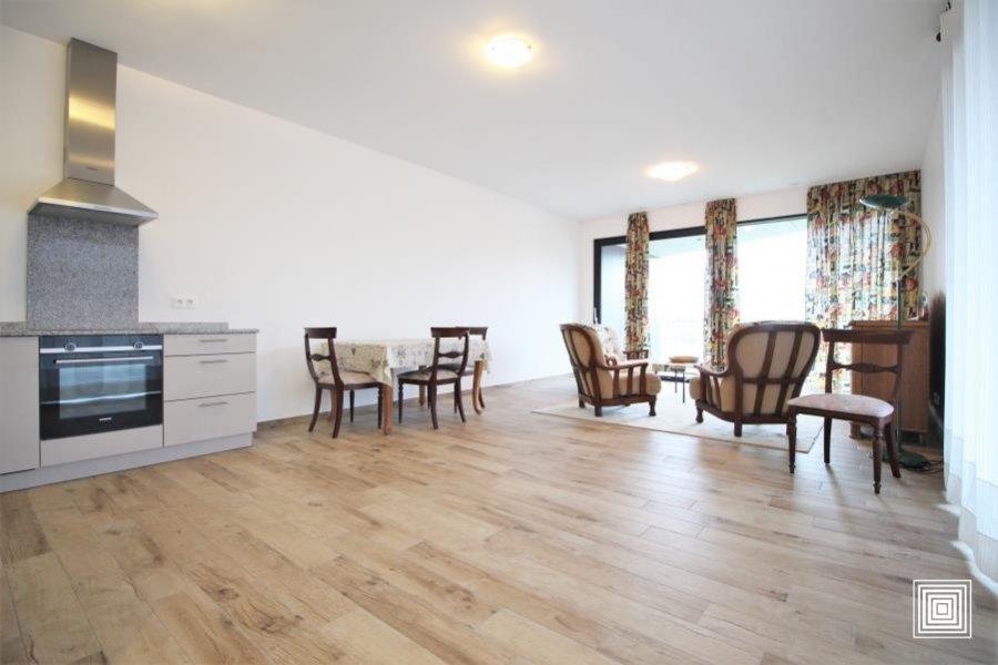 louer appartement 1 chambre 68.3 m² strassen photo 3