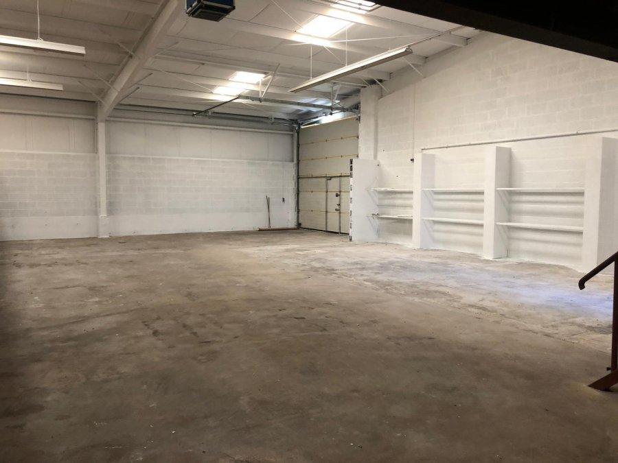louer entrepôt 0 chambre 450 m² pétange photo 1