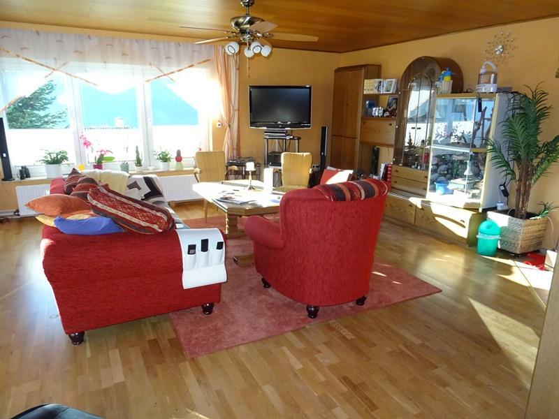 Haus kaufen • Bodenwerder • 270 m² • 416.000 €   atHome