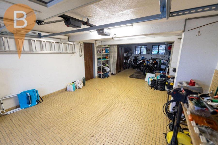 Maison individuelle à vendre 5 chambres à Schrassig