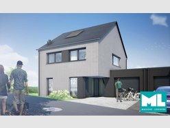 House for sale 4 bedrooms in Ettelbruck - Ref. 6895443