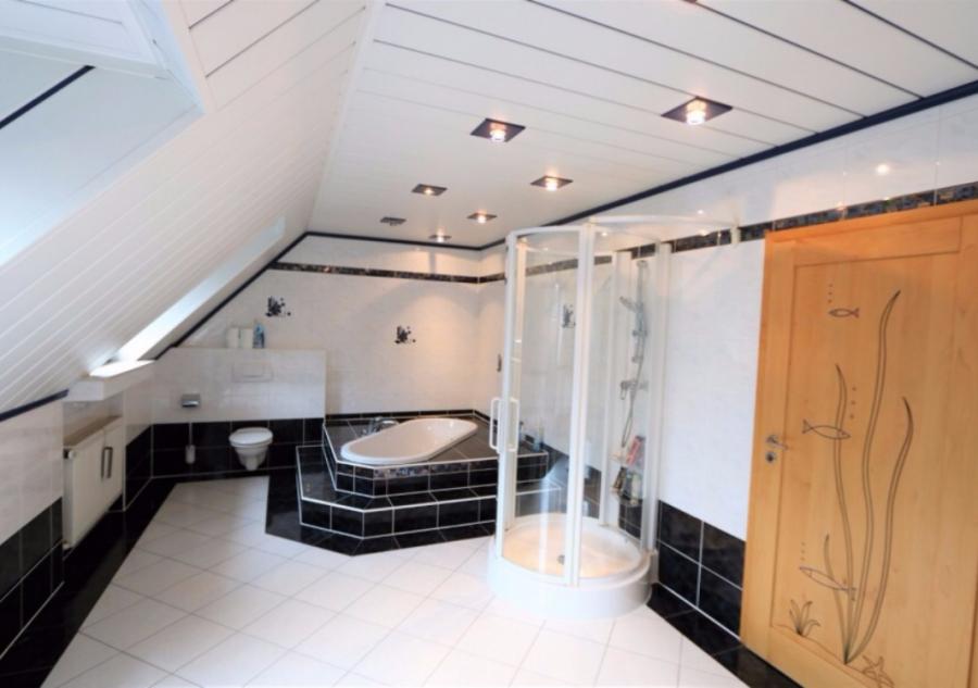 dreigeschossige wohnung kaufen 5 schlafzimmer 250 m² soleuvre foto 2