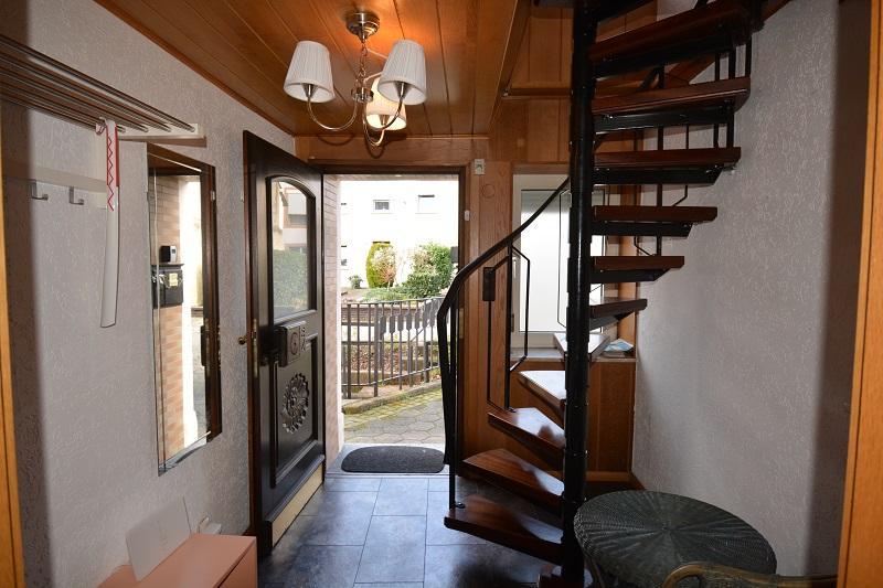 doppelhaushälfte kaufen 5 zimmer 120 m² föhren foto 2