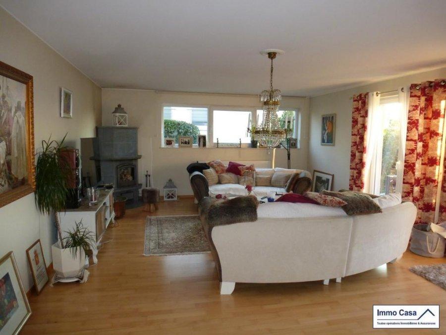 Maison individuelle à vendre 6 chambres à Kehlen