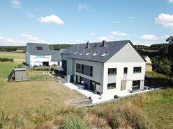 Doppelhaushälfte zum Kauf 6 Zimmer in Schwebach - Ref. 5975891