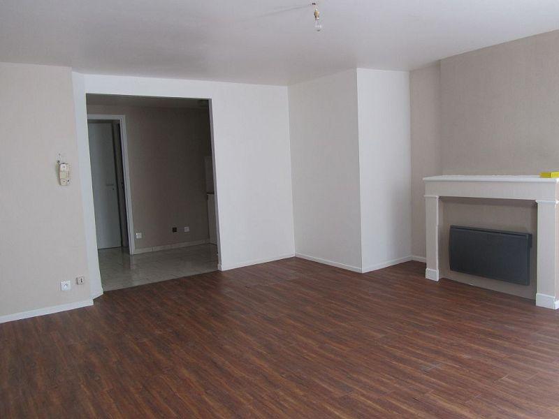 louer appartement 2 pièces 45 m² mirecourt photo 1