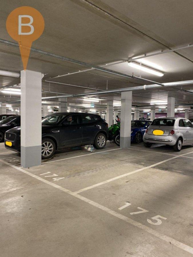 Garage fermé à Luxembourg