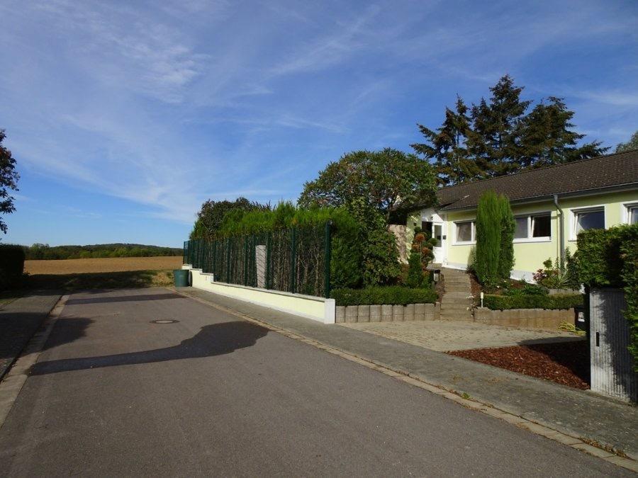 bungalow kaufen 5 zimmer 145 m² perl foto 1