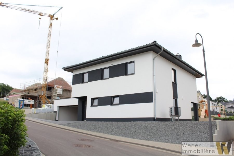 Detached House For Buy 9 Rooms 175 M² Trier Photo 4