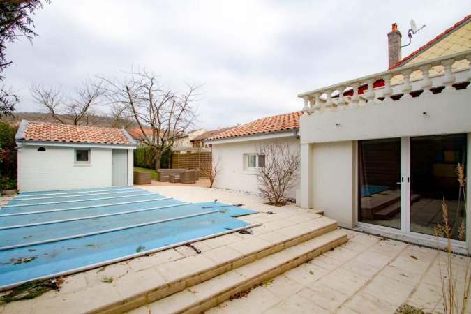 acheter maison 10 pièces 220 m² essey-lès-nancy photo 1