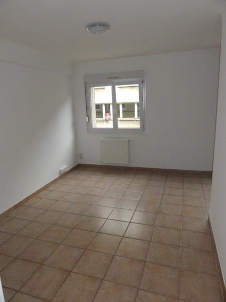 wohnung mieten 3 zimmer 50 m² hayange foto 3