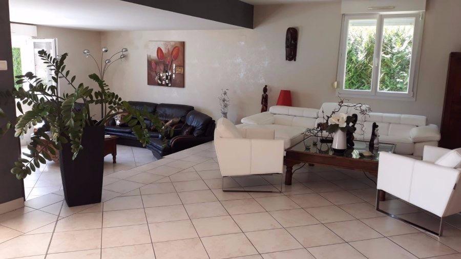 acheter maison 6 pièces 220 m² charmes photo 1