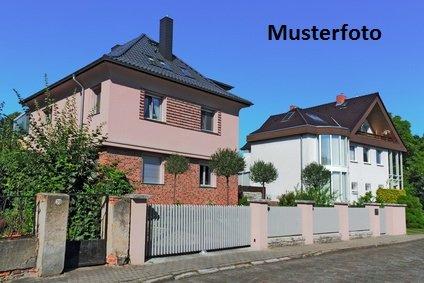 haus kaufen 9 zimmer 154 m² oberhausen foto 1