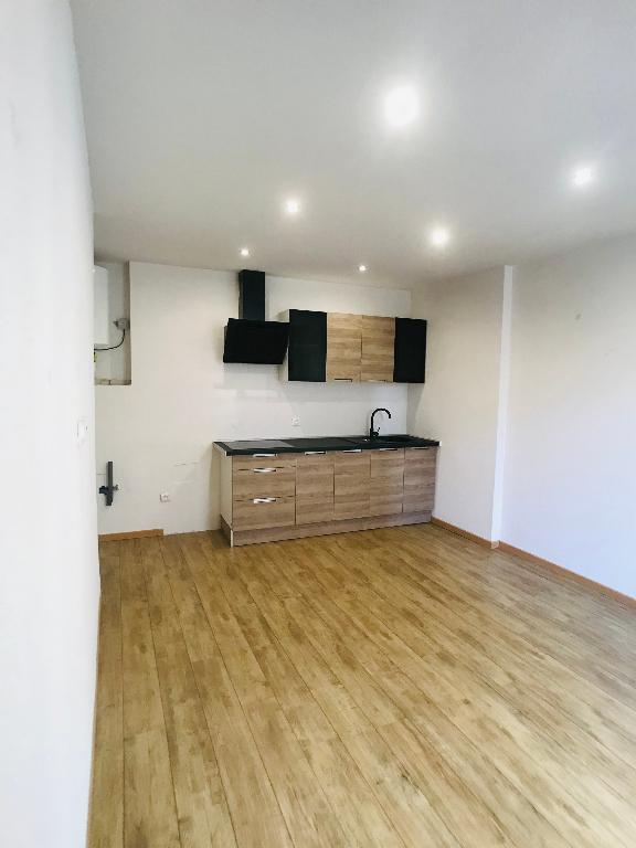 louer appartement 2 pièces 32.74 m² metz photo 2