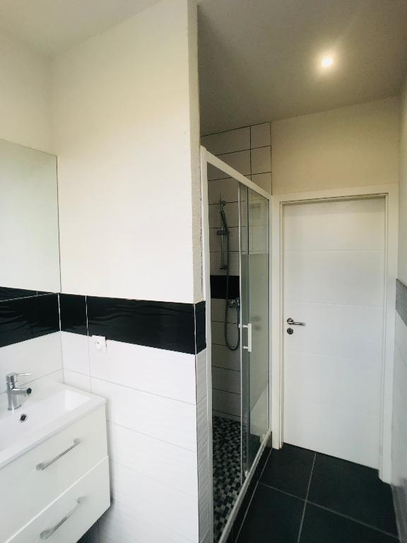 louer appartement 2 pièces 32.74 m² metz photo 4