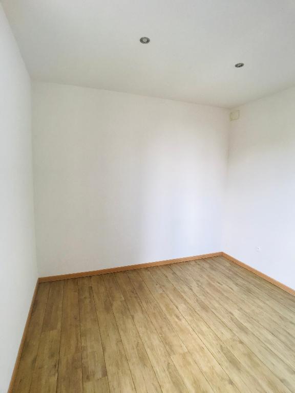 louer appartement 2 pièces 32.74 m² metz photo 5