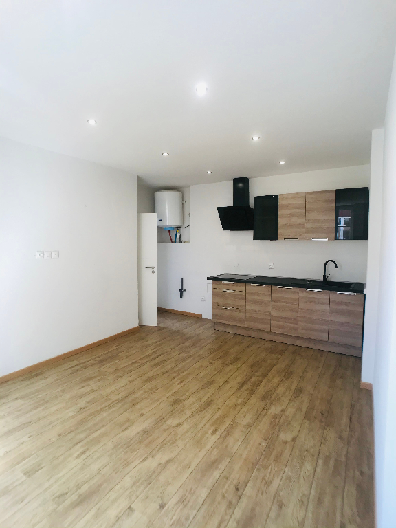 louer appartement 2 pièces 32.74 m² metz photo 1