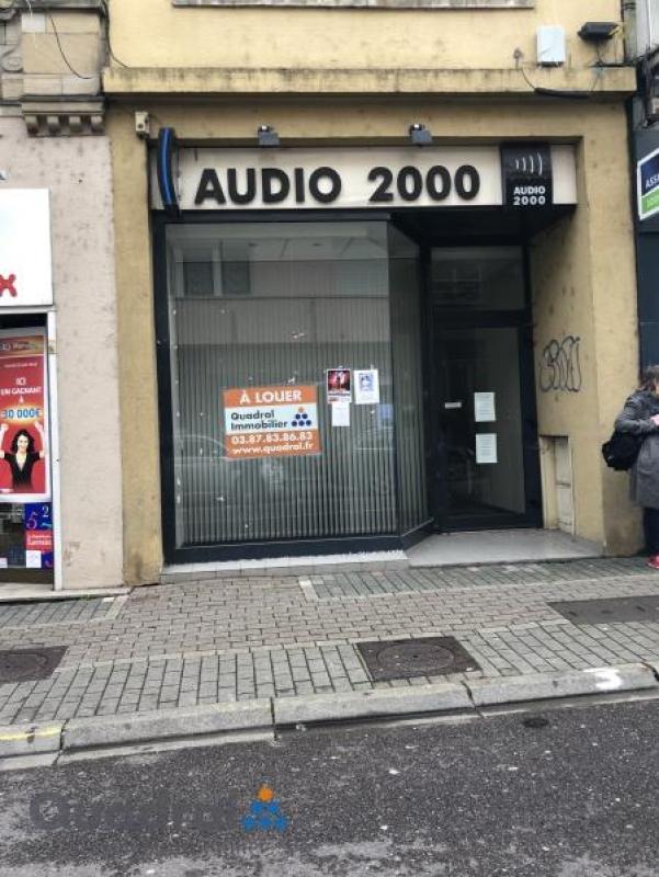 louer local commercial 0 pièce 0 m² saint-avold photo 1