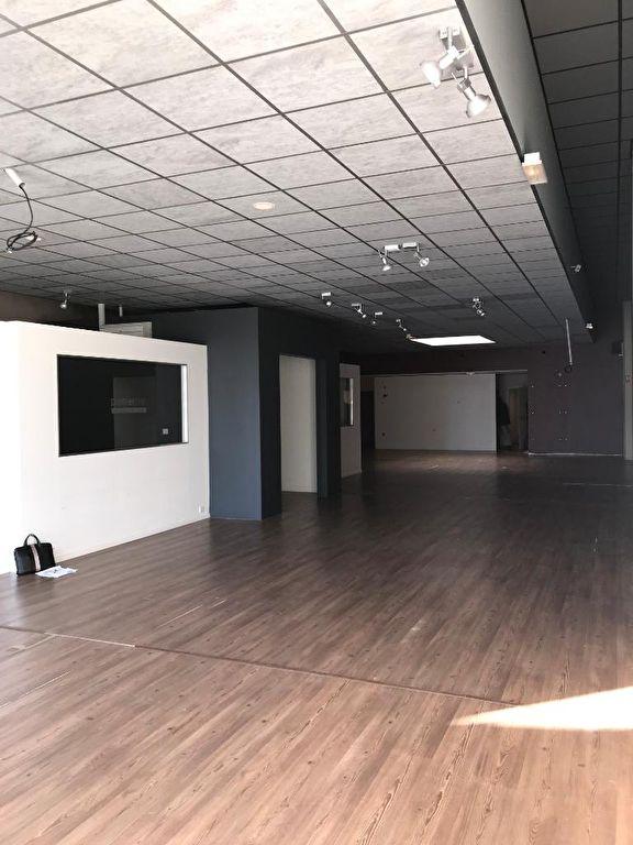 louer local commercial 0 pièce 269 m² metz photo 4