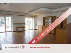 Retail for rent in Fell - Ref. 7196035