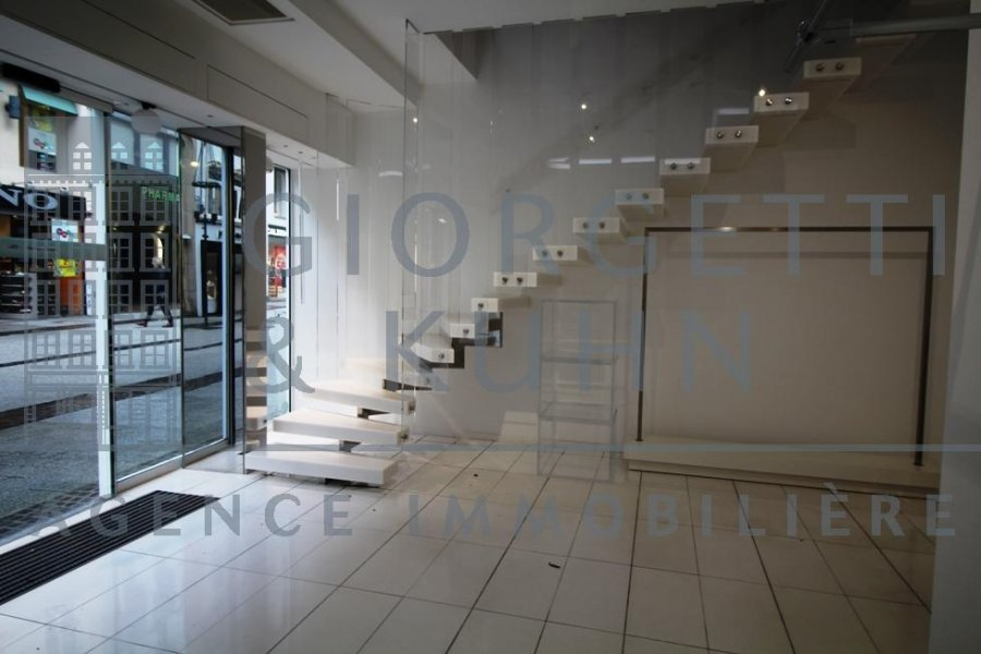 louer local commercial 0 chambre 180 m² luxembourg photo 2