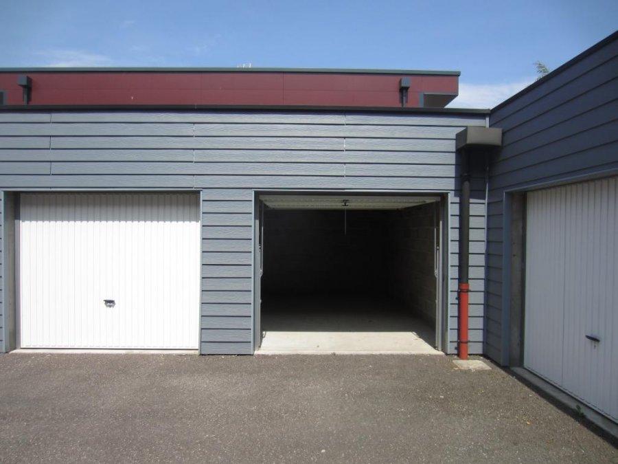 louer garage-parking 1 pièce 15 m² amnéville photo 2