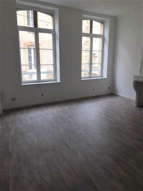 louer appartement 2 pièces 60 m² metz photo 2